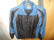 Курточка спортивная мужская новая размер 48-50.